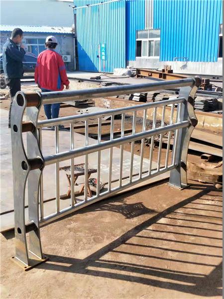 内江不锈钢复合管栏杆厂家直销