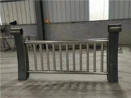 克拉玛依不锈钢复合管栏杆可定制、发货快