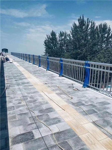 海南不锈钢复合管栏杆厂家直销