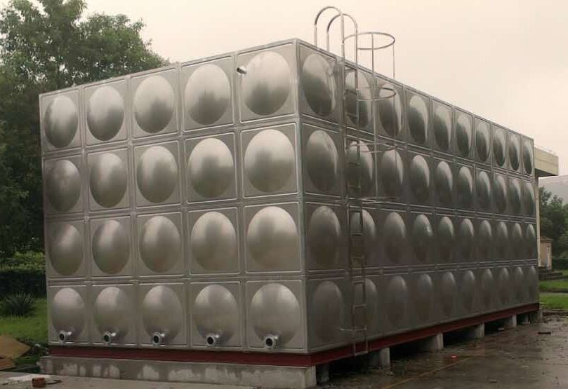 临猗圆柱形保温水箱辉煌供水设备有限公司
