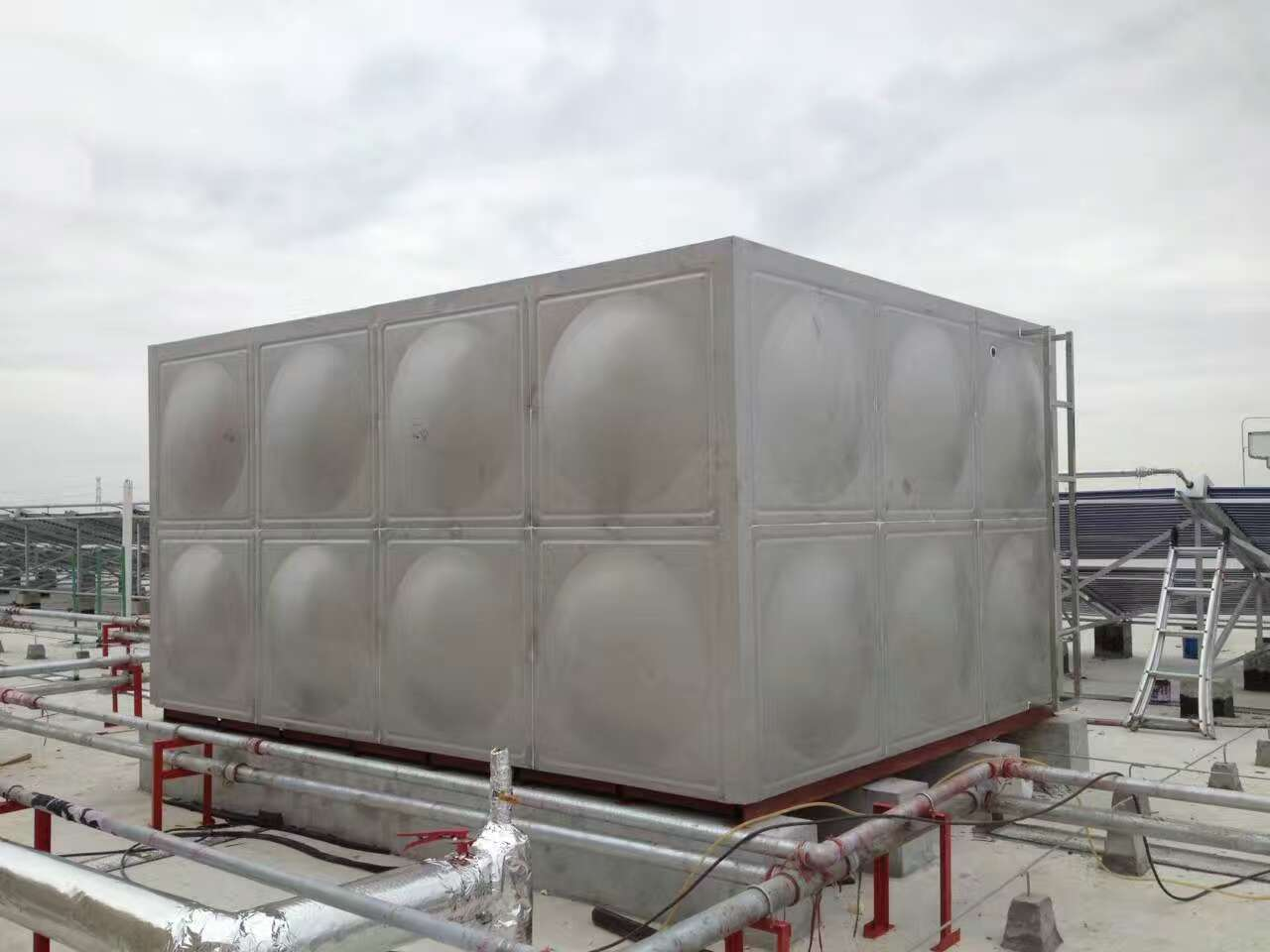 龙泉驿不锈钢水箱|保温水箱|消防水箱订做厂家