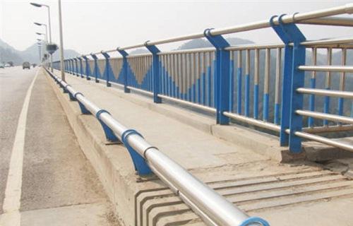 唐山金属材料公司专业生产各种不锈钢桥梁栏杆厂家发货