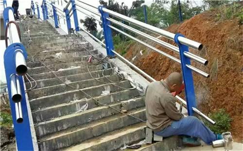 鄂尔多斯金属材料公司生产各种河道栏杆等系列产品市场价格
