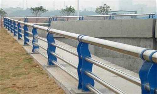 阿里金属材料公司生产各种不锈钢桥梁栏杆等系列产品推荐