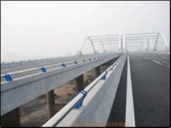 阿坝q235钢板立柱每周回顾  专业护栏厂家