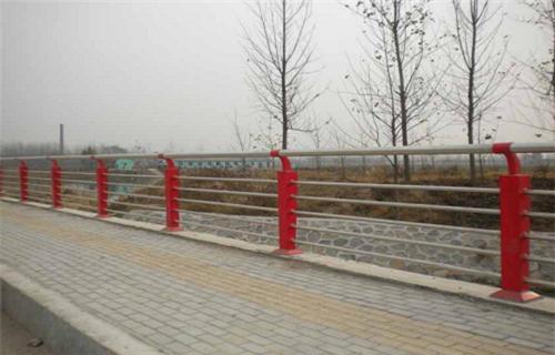 陕西复合不锈钢管护栏产品介绍