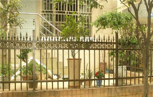 河南不锈钢栏杆中国驰名厂家