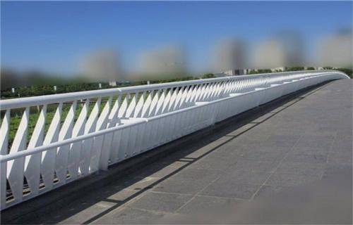 太原道路交通隔离护栏焊接