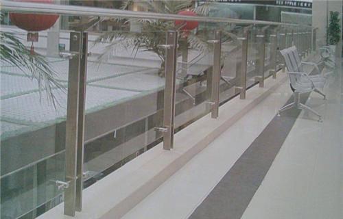 襄樊复合不锈钢管护栏价格低