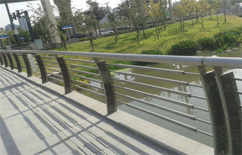 本溪不锈钢桥梁景观护栏扶手型号