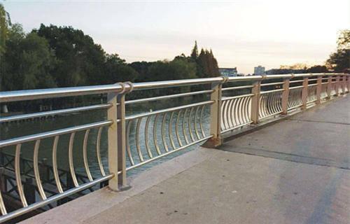 靖江Q235桥梁护栏图片