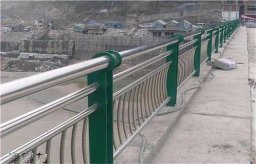 潍坊双金属复合管护栏谁家便宜
