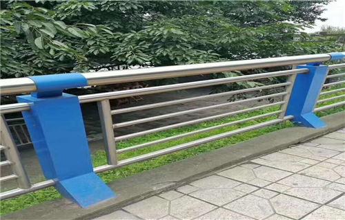 赣州不锈钢碳素钢复合管桥梁护栏安装视频