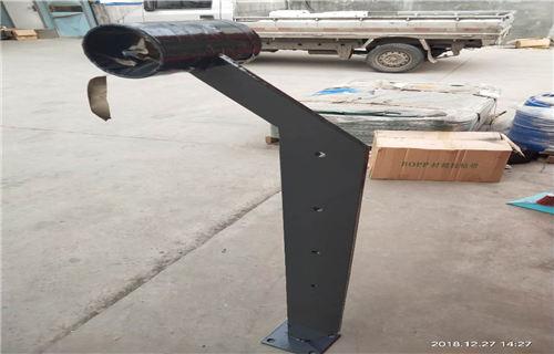 锡林郭勒不锈钢栏杆立柱坚固耐用
