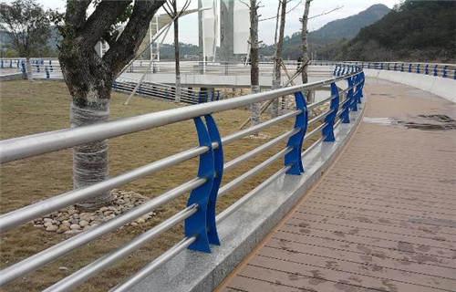 鹤壁城市过街天桥护栏现货定尺