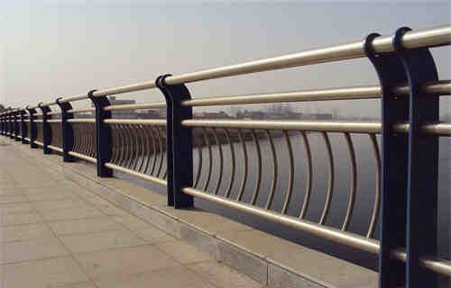 克拉玛依Q235材质钢板立柱切割厂家直销