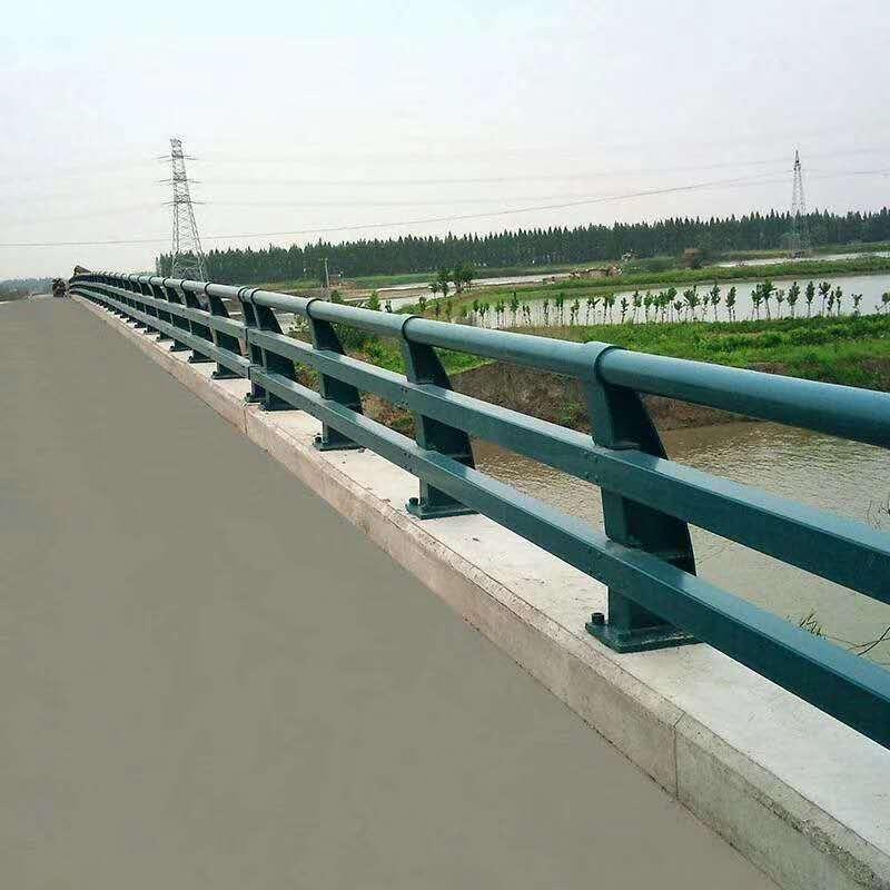 银川q235材质钢板立柱切割壁厚标准