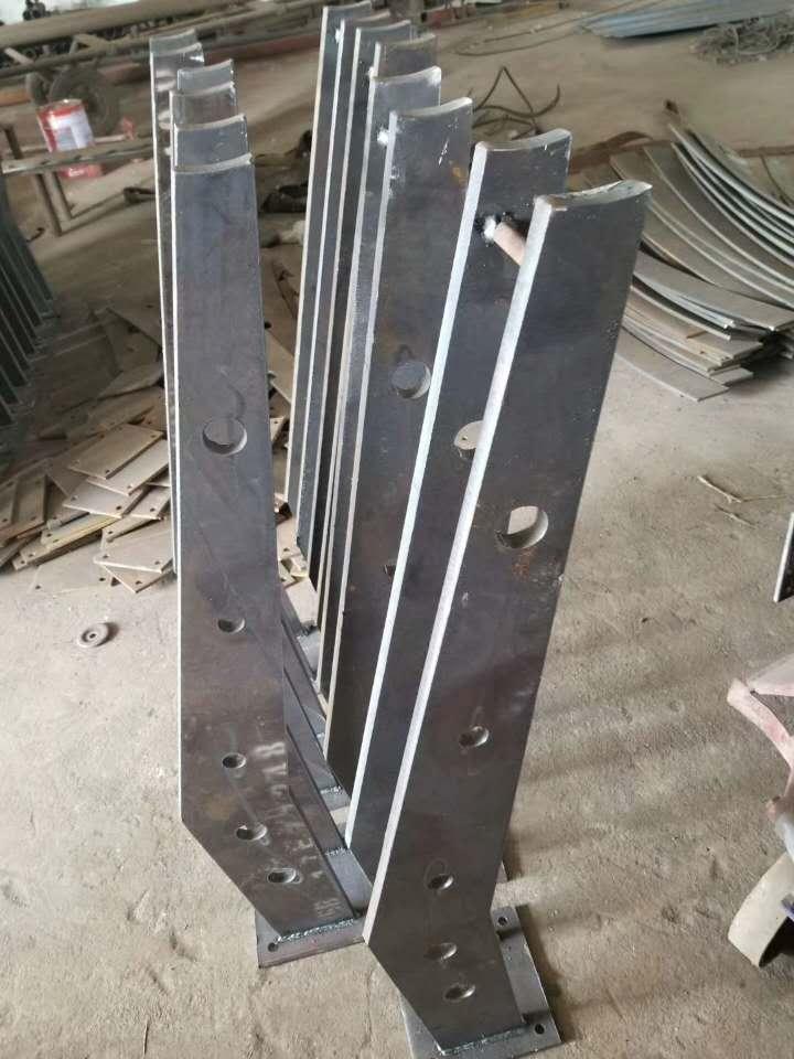 宁夏桥梁栏杆复合管防撞护栏