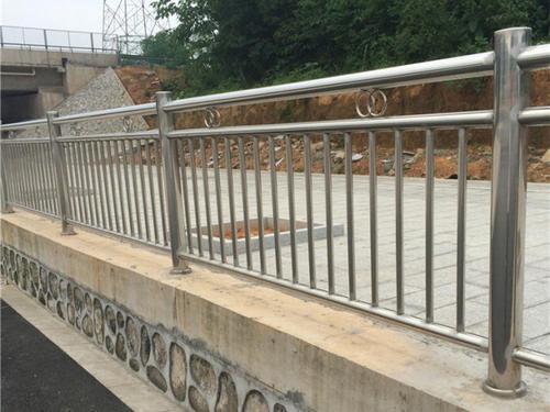 四川凉山不锈钢扶手栏杆