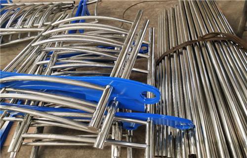 揭阳桥梁不锈钢防撞复合管护栏专业制作