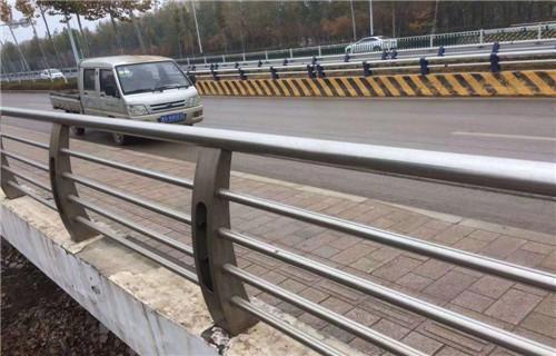 四川省眉山201不锈钢复合管护栏销售处