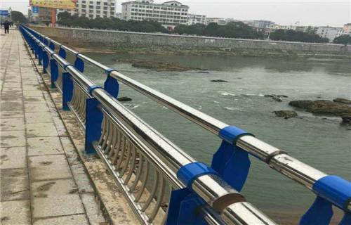 克拉玛依不锈钢复合管护栏