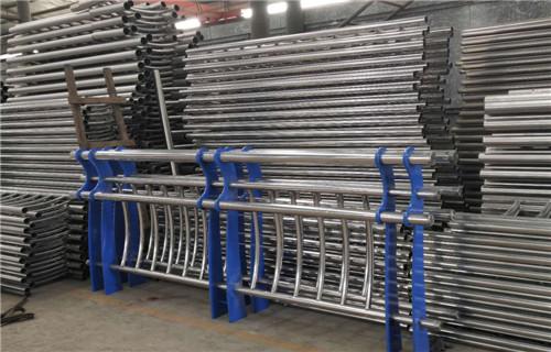 辽宁省大连304不锈钢复合管护栏加工厂
