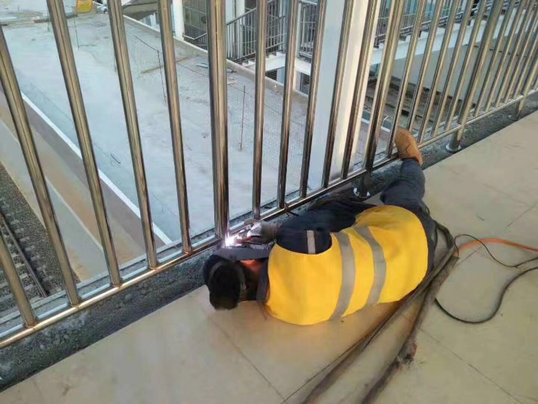 浙江丽水304不锈钢碳素钢复合管专业生产