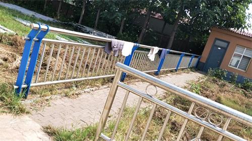 迪庆不锈钢复合管桥梁护栏哪家质量好