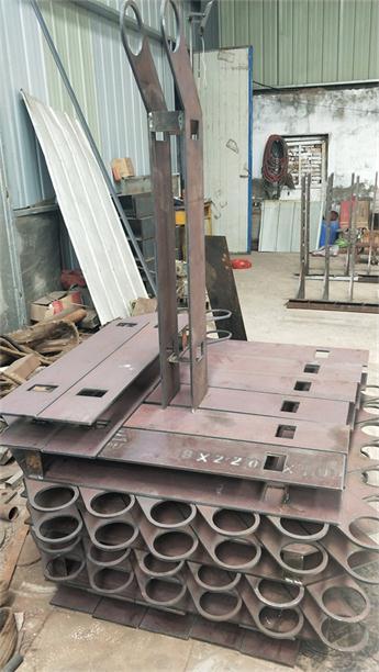 红河不锈钢碳素钢复合管护栏厂家发货