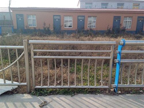 无锡玻璃不锈钢护栏价格