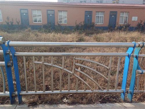 铜仁桥梁护栏立柱板规格型号
