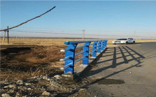 广州不锈钢碳素钢复合管栏杆一级质量