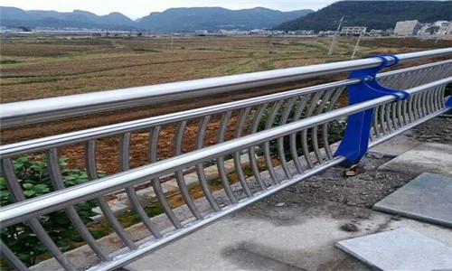 遼寧熱鍍鋅橋梁鋼板立柱選晟杰護欄公司