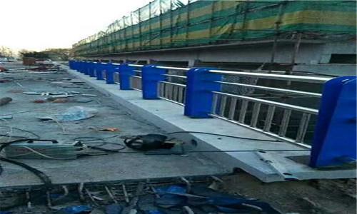邯鄲不銹鋼復合管護欄企業