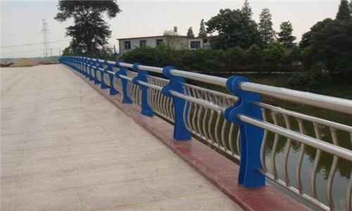 漯河靜電噴塑立柱選晟杰護欄公司