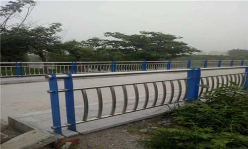 扬州201不锈钢复合管护栏批发厂家