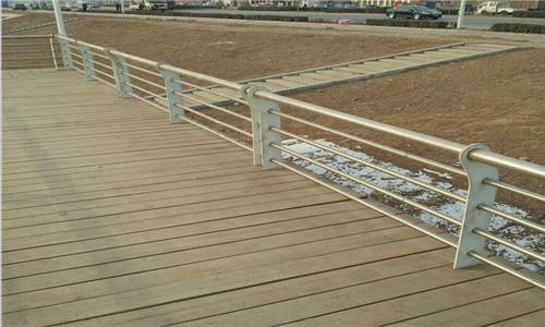 朝阳不锈钢桥梁防护栏杆价格低