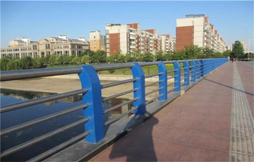 坡头桥梁护栏立柱官网网站