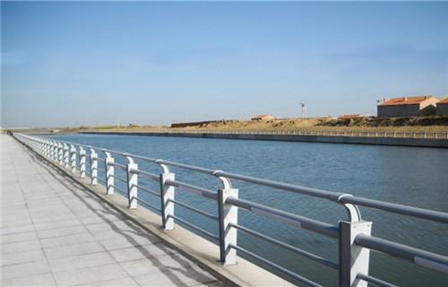 海東防撞護欄多少錢一米景區改造