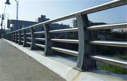 黃南橋梁欄桿多少錢一米
