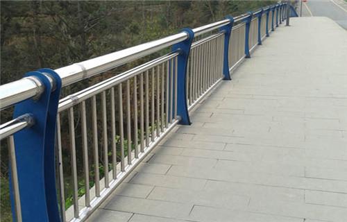 益阳景观栏杆人行道马路栏杆不锈钢护栏厂家