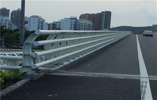 烏魯木齊橋梁防撞鋼護欄多少錢一米