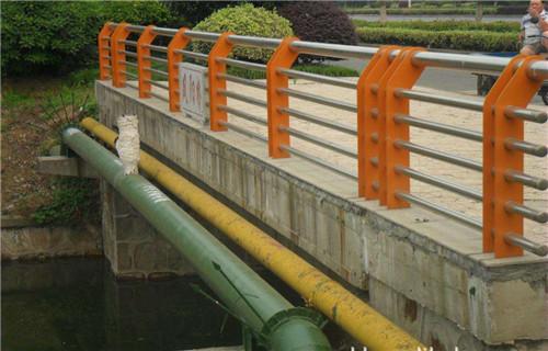 海南桥梁人行道钢栏杆多少钱一吨