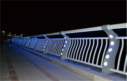 慶陽人行道隔離欄桿生產廠家大量供應