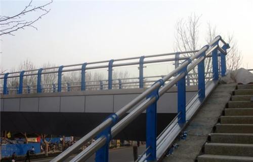 齐齐哈尔道路栏杆工程案例