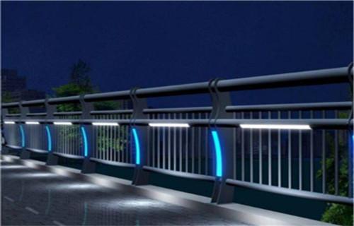 黔南桥面护栏大量供应