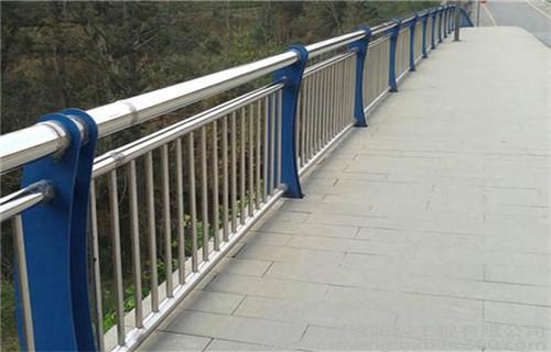 陇南桥面护栏工程案例