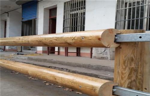 武威景區鋼背木廠家Q235鋼板立柱護欄擁有專業的技術團隊