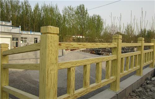 果洛景區鋼背木廠家防撞欄桿廠家廠家護欄生產